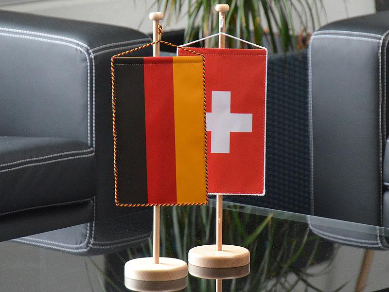 Tischwimpel in Nationalfarben